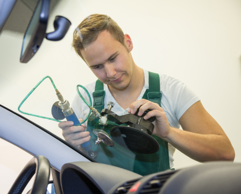 windscreen repair replacement Chesterfield Rotherham